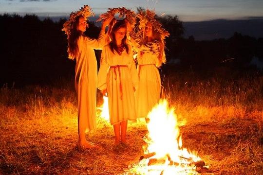 Изготавливаем магический оберег в Иванову ночь с Илоной Калдре