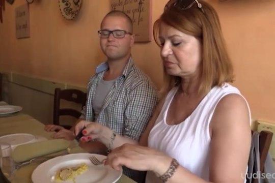 TV3 VIDEO | Sajad eurod riiviti taldrikule! Sirje Eesmaa ja Annely Adermann mekkisid Itaalias hirmkalleid trühvleid!