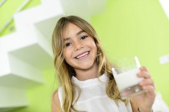 Viis märki, et lapse menüüs on liiga vähe piima