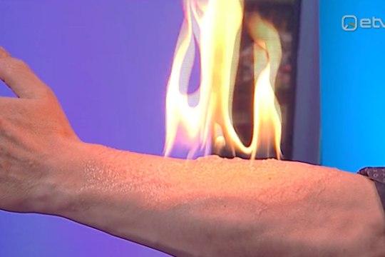 """VIDEO   USKUMATU! """"Ringvaates"""" pani mees oma käe põlema"""