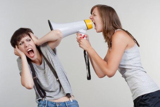 JOBUKAKU KÄSIRAAMAT: kuidas teisi inimesi endast eemale peletada?