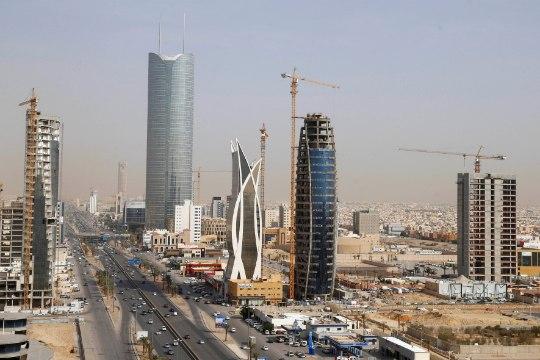 Саудовская Аравия разрешила женщинам старше 25 лет посещать страну без сопровождения мужчин