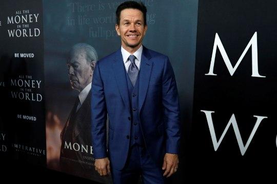 Häbistatud Wahlberg annetas oma hiigelhonorari naistele