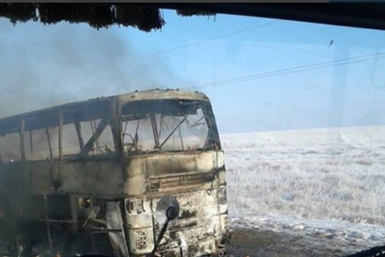 Появилось ВИДЕО автобуса в Казахстане, в котором заживо сгорело 52 человека