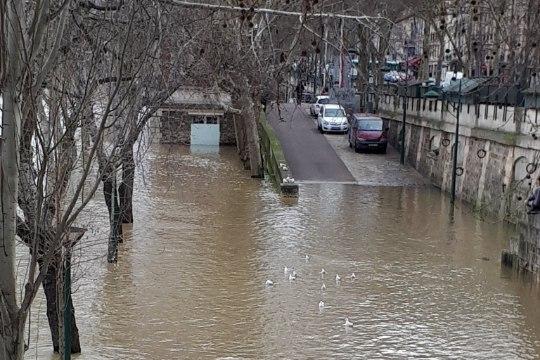 GALERII | Seine'i jõgi Pariisis ajab üle kallaste