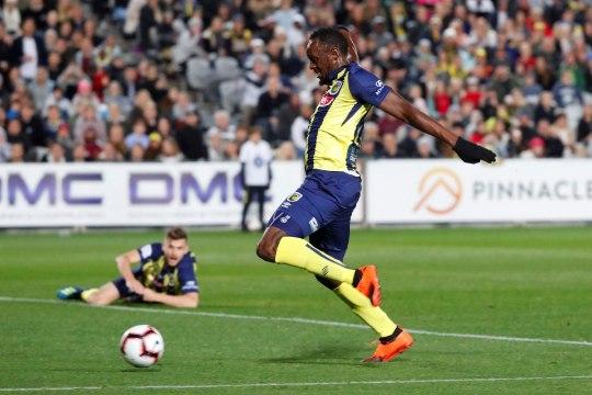 Usain Bolti ootab ees jalgpallimäng, mis võib ta tuleviku otsustada