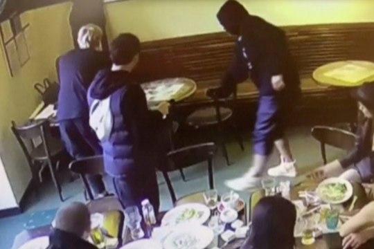 Venemaa on šokis: koondislastest vutiässad peksid üksikut inimest