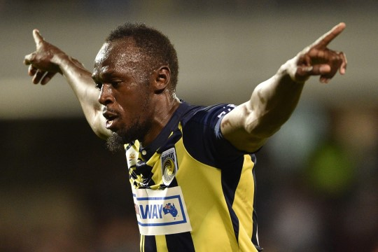 VIDEO | Usain Bolt lõi jalgpallimängus kaks väravat!