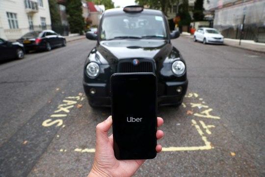 В Англии водители Uber вышли на суточную забастовку