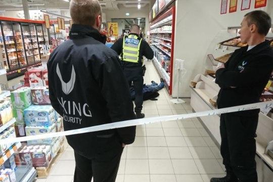 В продуктовом магазине на Балтийском вокзале нашли труп (ФОТО)