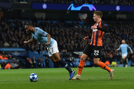 VIDEO | Kus on kohtuniku silmad? Manchester City pallur pettis välja uskumatu penalti
