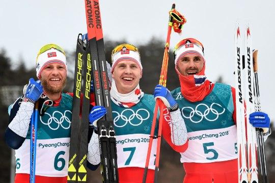 JULM! Norra suusamehed heastasid naiste apsu ja teenisid olümpial kolmikvõidu, Veerpalu debüüt tagasihoidlik