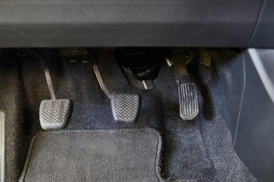 Autosõidu ABC: kiirelt tegutsedes võidad autoga pidurdades otsustava sekundi