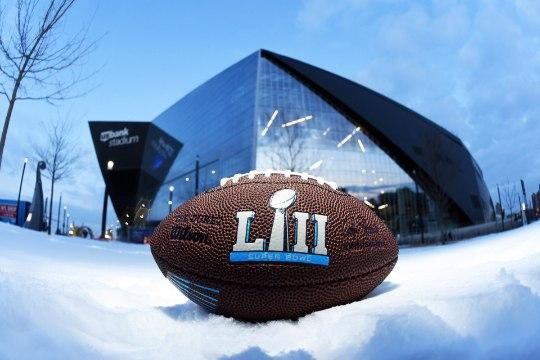 Super Bowli staadionil vajub suu ammuli ka kõige tuimemal Ameerika jalgpalli fännil