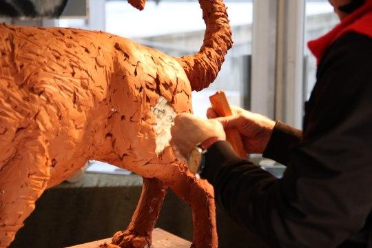 VIDEO | Tauno Kangro valmistatud koer saab endale Jüri Aarma järgi nime