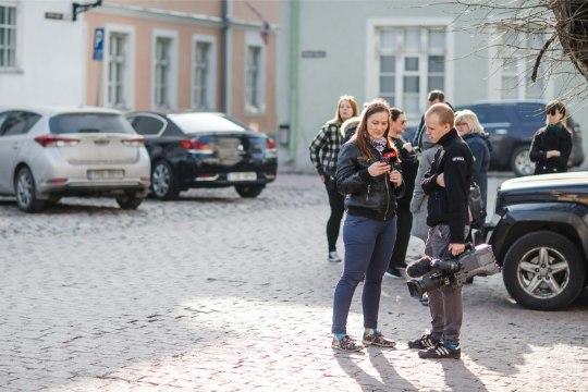 """ÕL VIDEO JA FOTOD   """"Härra peaminister, kuidas kommenteerite?"""" ehk Kuidas ma """"Siberi võmmis"""" ajakirjanikku mängisin"""