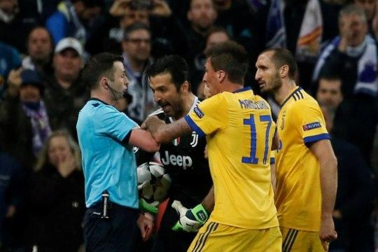VIDEO | Kas kohtunik kinkis Madridi Realile penalti ja ühtlasi Meistrite liiga poolfinaalkoha?