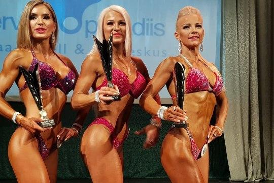 FOTOD | Esimest korda fitnessis lavale tulnud eestlased näitasid rannahooaja eel head vormi