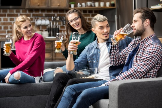 HALVAD UUDISED: arvake ära, kes rahastavad alkoholi kasulikkust kinnitavaid uuringuid?