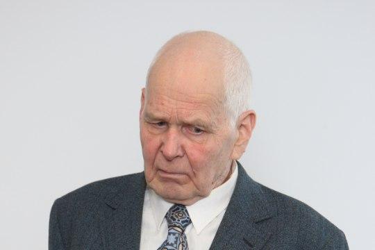 79-aastane Pae tänava pommimees Märt Ringmaa püüdleb vabadusse
