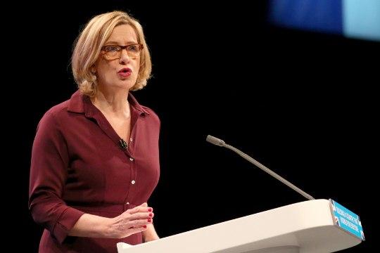 Suurbritannia siseminister Amber Rudd astus tagasi