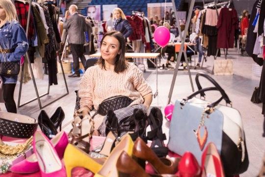 GALERII | Buduaari turu moemöllu olid nautimas ka tuntud eestlased välismaalt
