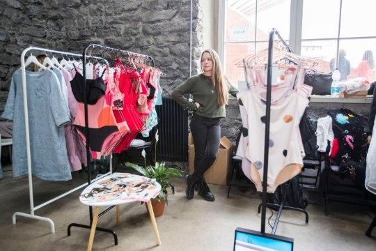 ÕL VIDEO | Disainiturg vs. Buduaari turg – kas staaride müüdavad rõivad tegid tippdisainerite loomingule ära?