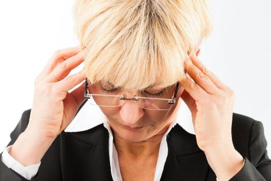 ÄRA MAGA MAHA: kui jätad migreeni ravimata, võid valu kannatada kolm päeva