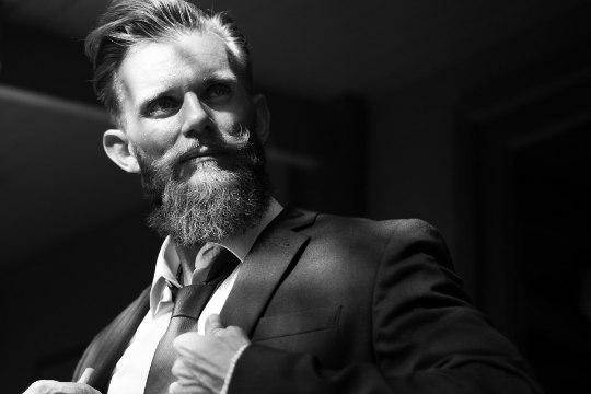 AKTUSELE MINEJA MEELESPEA: 9 reeglit ülikonna kandmisel