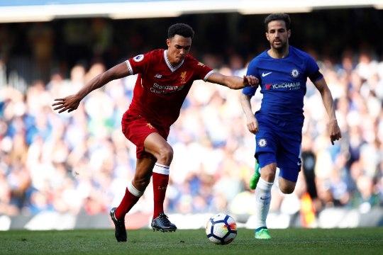 Inglismaa peatreener võtab MMile Liverpooli koondisekogemuseta noore äärekaitsja