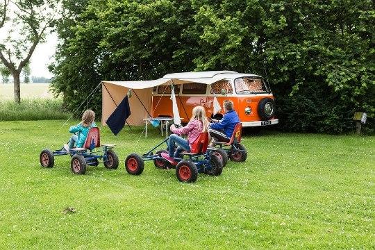Kuidas teie oma perega suvel puhkate? Saada meile oma lugu!
