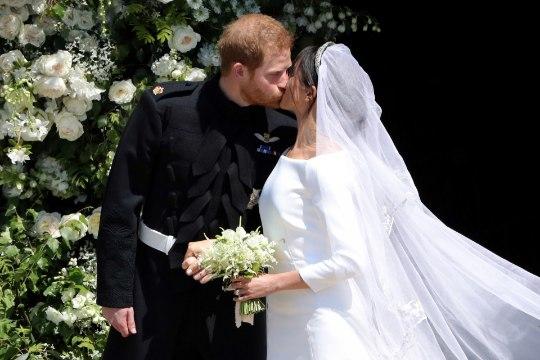 """""""KAS SUUDLEME?"""" Kuningliku abielu pitseeris ehtne Hollywoodi suudlus"""