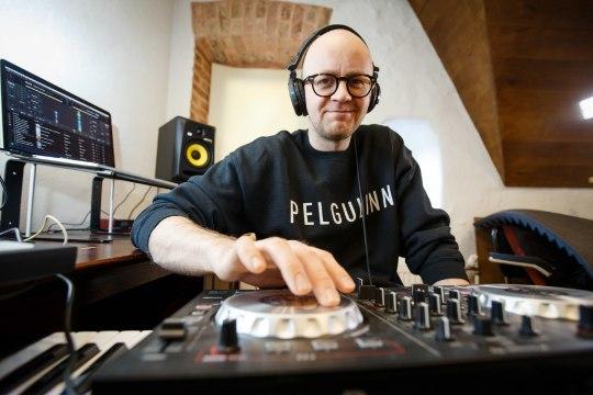 Veiko Tubin: kultuuriüritustel plaate mängida mulle meeldib. Aga kuskil klubis mind DJna ei näe!