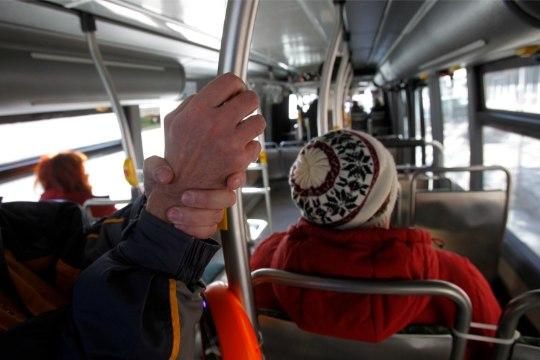 Kiri   Kellel on õigus ühistranspordi osas?