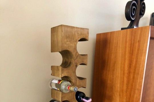 TEE ISE: stiilne männipuust veiniriiul papsile või mampsile