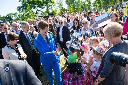 """GALERII ja VIDEO   Tamsalus avati """"Eesti 100 tamme"""" esindustammik"""
