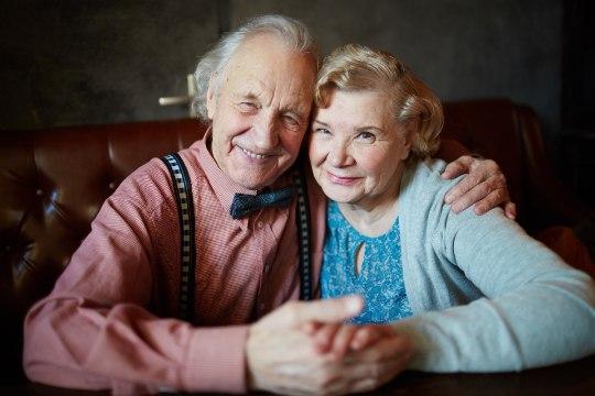 LÕPUTU ARMASTUS: kelmikad fotod vanapaaridest, kelle elust pole kadunud nali ja nauding