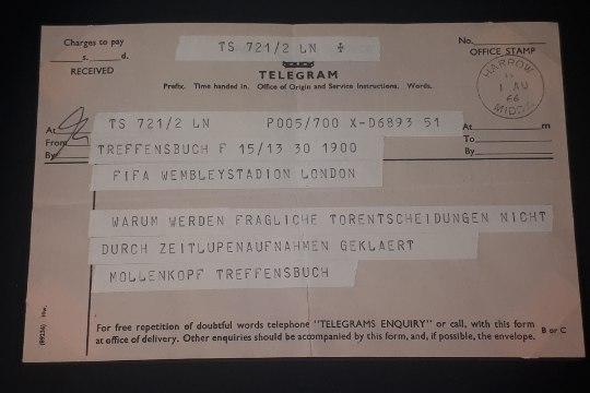 ÕL MOSKVAS   FOTOREPORTAAŽ: Jalgpalli MMi muuseumis näeb imeasju möödunud 88 aastast