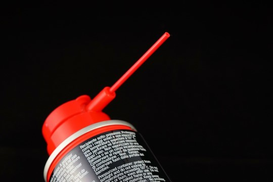 TEE ISE: TOP 3 aerosooli, mis peaksid mehel kodus olema