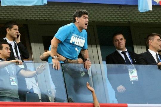 Maradona pakub vaevatasu: 9500 eurot inimesele, kes leiab tema surmauudise kuulutaja