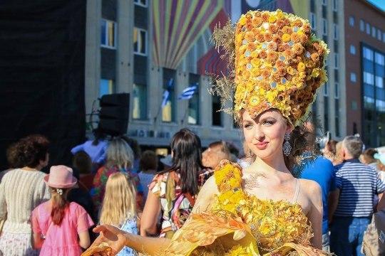 Смотри, как прошел в Таллинне 20-й Бал Цветов