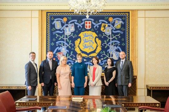 FOTOD   President Kaljulaid nimetas ametisse viis kohtunikku