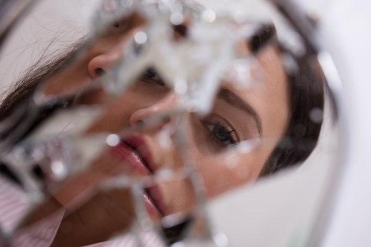 HOIATUS ELUST ENDAST: aknalauale unustatud peegel oleks võinud hävitada kodu