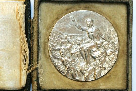 Toomas Alatalu   Jätaks Laidonerile tema enda medalid?