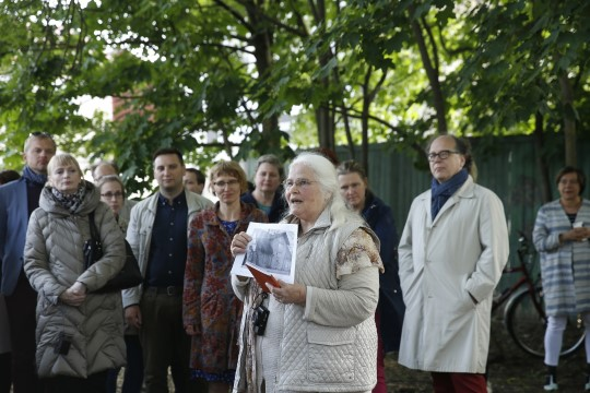 GALERII | Marie Underi sünnipaigas avati mälestuspink