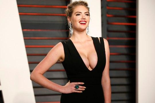 KUUM, KÕIGE KUUMEM: maailma seksikamaks naiseks kuulutati just see rinnakas modell!