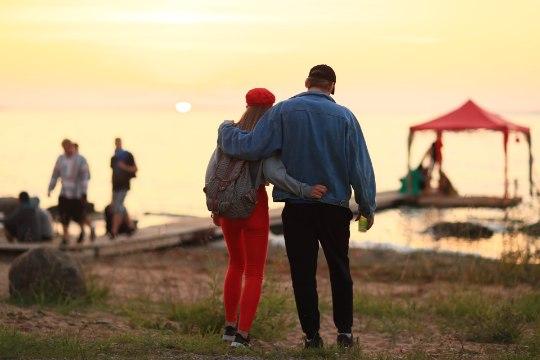 ÕL VIDEO JA GALERII   Saaremaa maalilisel laiul algas elamusfestival I Land Sound