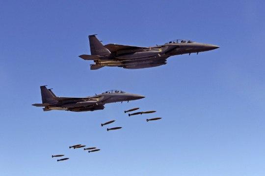 TORMIMURDJA: ameeriklased katsetavad halva ilma kindlat lennukipommi