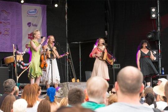 GALERII   Naised köögis Viljandi folgil: siin on kõige inspireerivam publik