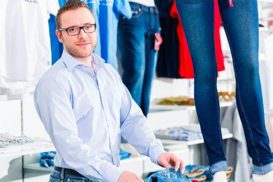 POODLE TARGALT: 5 viga, mida mehed riideid ostes teevad